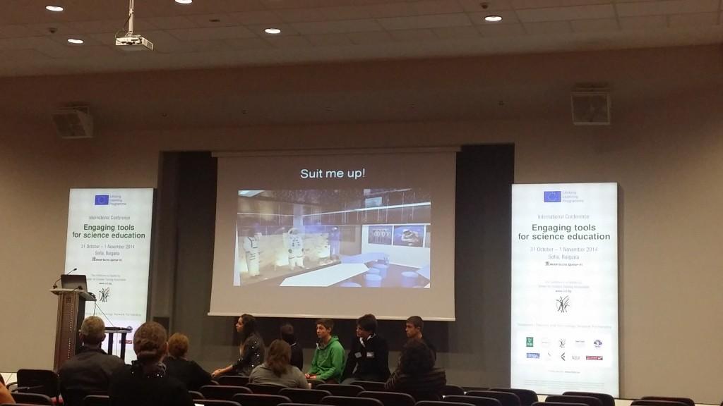 Български участници от Националната финансово-стопанска гимназия разказаха за преживяното и наученото в Space Camp.